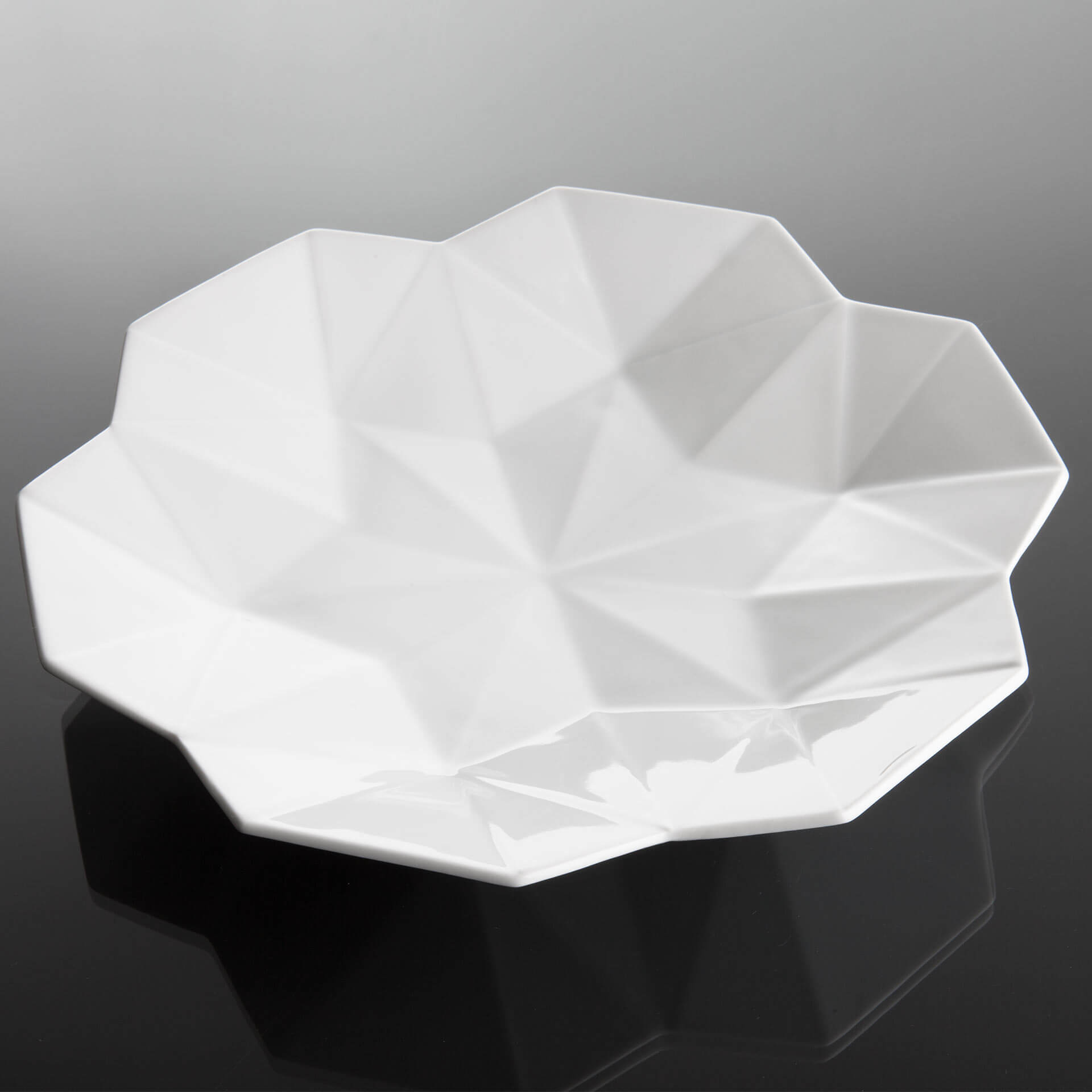 porcelan-hluboky-talir